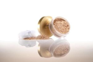 Silky Mineral Powder